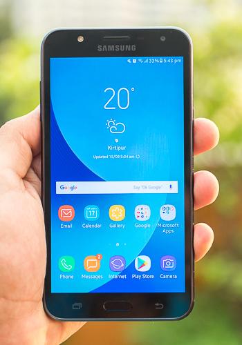 Samsung Galaxy J7 Core Pictures Official Photos Whatmobile