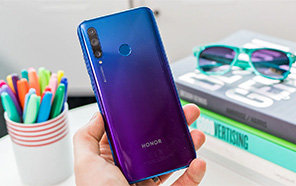 Honor 20 lite is now official with 32 MP front and Triple Camera setup at the back